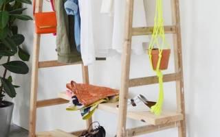 Оригинальная вешалка для одежды из обычных гвоздей
