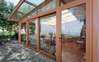 Как построить летнюю веранду к дому?