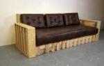 Бюджетный вариант дивана для дома своими руками
