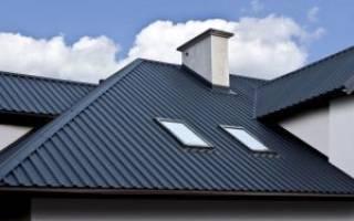 Вид крыши покрытой профнастилом