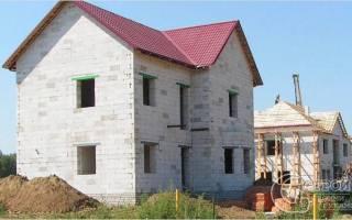 Как построить дом из сибита своими руками?