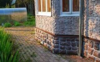Панели из искусственного камня для цоколя