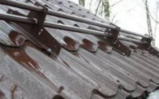 Правильный монтаж снегозадержателей для металлочерепицы