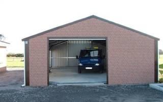 Как построить гараж из кирпича своими руками?