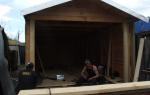 Как построить гараж из шпал?