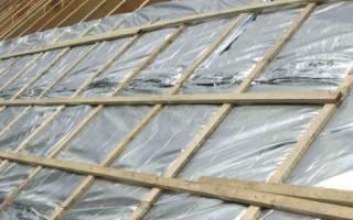 Как правильно стелить гидроизоляцию на крышу?