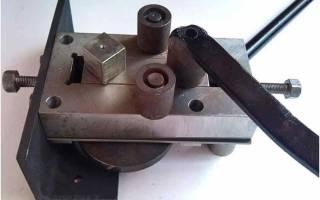 Приспособление для гибки полос металла из рожкового ключа