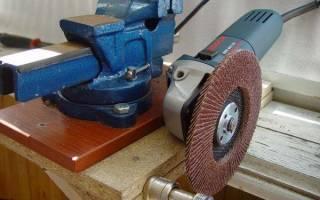 Как безопасно снять режущий нож с газонокосилки