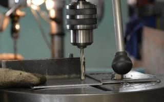 Приспособа для пробивки квадратных отверстий в профтрубе